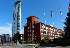 A torre, cais meridiano na cidade de Swansea, Gales, Reino Unido foto de stock royalty free