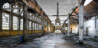 torre Cargo-apocalíptico de Effel imagem de stock royalty free