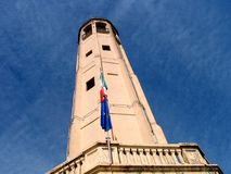 Torre in cielo blu Immagine Stock