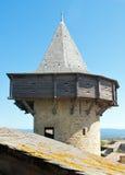 Torre con el machicolation foto de archivo