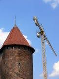 Torre con la grúa Imagen de archivo libre de regalías