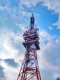 Torre con le nuvole Fotografie Stock