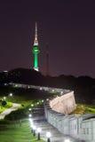 Torre Coreia do Sul de N seoul foto de stock