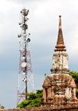 Torre d'acciaio di telecomunicazione Fotografia Stock Libera da Diritti