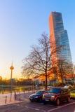 Torre da água de Colônia em Mediapark na água de Colônia, Alemanha Imagem de Stock Royalty Free