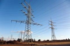 Torre da eletricidade na paisagem bonita Foto de Stock Royalty Free