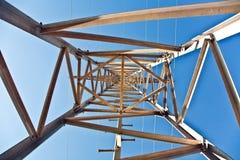 Torre da eletricidade na paisagem bonita Fotos de Stock