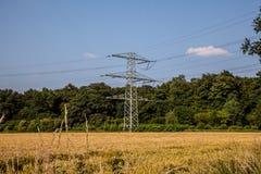 Torre da energia imagens de stock royalty free