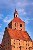 Torre da igreja Católica medieval gótico Imagens de Stock