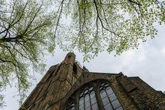 Torre da igreja velha, louça de Delft imagem de stock