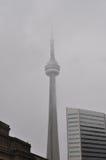 Torre da NC na névoa muito pesada Fotos de Stock Royalty Free