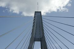 Torre da ponte de cabo Fotografia de Stock