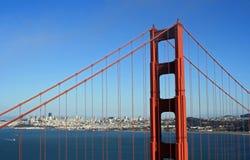 Torre da ponte de porta dourada Foto de Stock