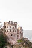 A torre da ruína do castelo de Heidelberg em Heidelberg Fotos de Stock Royalty Free