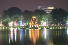 Torre da tartaruga no lago Hoan Kiem Foto de Stock Royalty Free