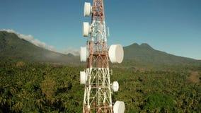 Torre da telecomunica??o, antena de uma comunica??o em ?sia filme