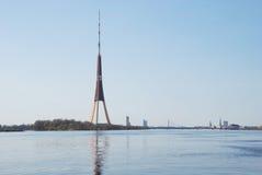 Torre da televisão Fotografia de Stock