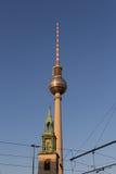 Torre da televisão de Berlim (Fernsehturm), Fotos de Stock