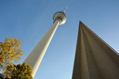 Torre da tevê, em Alexander Platz, Berlim, Alemanha fotografia de stock