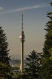 Torre da transmissão de Avala Imagens de Stock Royalty Free