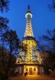 Torre da vigia de Petrin (construída 1891), Praga, República Checa Imagens de Stock