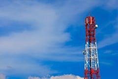 Torre das telecomunicações Fotografia de Stock Royalty Free
