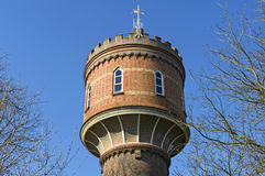 Torre de água histórica próxima Zaltbommel, Países Baixos Fotografia de Stock Royalty Free