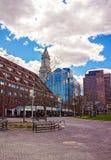 Torre de aduanas y muelle largo de Boston Imagen de archivo libre de regalías