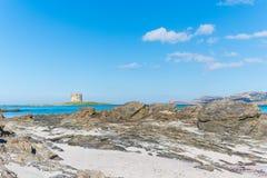 Torre de Aragonese no La Pelosa Fotos de Stock Royalty Free