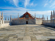 Torre de Bell do monastério de St Vincent Outside as paredes, Lisboa, Portugal Imagens de Stock