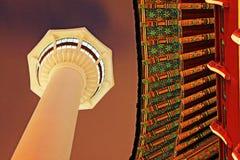 Torre de Busán en la noche fotografía de archivo