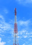 Torre de comunicação da antena Fotos de Stock