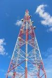 Torre de comunicación. Imágenes de archivo libres de regalías