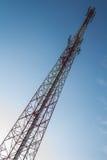 Torre de comunicación Fotos de archivo