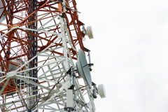 Torre de comunicaciones Imágenes de archivo libres de regalías