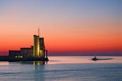 Torre de control en el mar Foto de archivo libre de regalías
