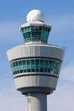 Torre de controlo no aeroporto de Schiphol, os Países Baixos foto de stock