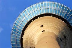 Torre de Düsseldorf el Rin Fotos de archivo
