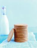 Torre de galletas digestivas foto de archivo