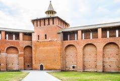 A torre de Granovitaya e a parede do Kremlin de Kolomna fotografia de stock royalty free