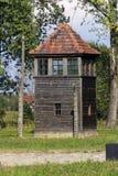 Torre de guardia en campo de la exterminación de Auschwitz I Fotos de archivo libres de regalías