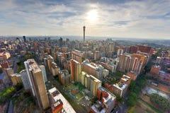 Torre de Hillbrow - Joanesburgo, África do Sul imagens de stock royalty free