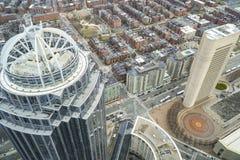 Torre de 111 Huntington en la ciudad de Boston - BOSTON, MASSACHUSETTS - 3 de abril de 2017 Imagen de archivo libre de regalías