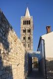 Torre de iglesia St Mary en Rab foto de archivo