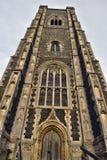 Torre de iglesia vieja imagen de archivo