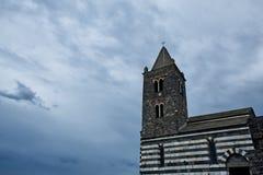 Torre de iglesia vieja de San Pedro, Portovenere, Italia foto de archivo libre de regalías
