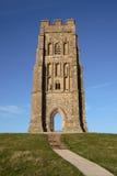 Torre de igreja do Tor de Glastonbury Fotografia de Stock