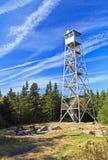 Torre de incêndio da montanha do lago balsam imagens de stock royalty free