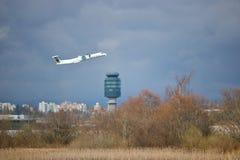 Torre de Jet Passes YVR do passageiro de Air Canada Fotografia de Stock