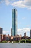 Torre de Juan Hancock en la bahía posterior, Boston Imagen de archivo